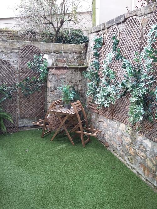 lancaster-courtyard-20161113_101336